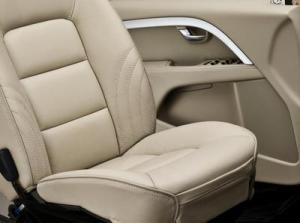 volvo-ocean-race-xc70-interior